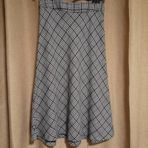 Size 12 East 5th Houndstooth Plaid Skirt